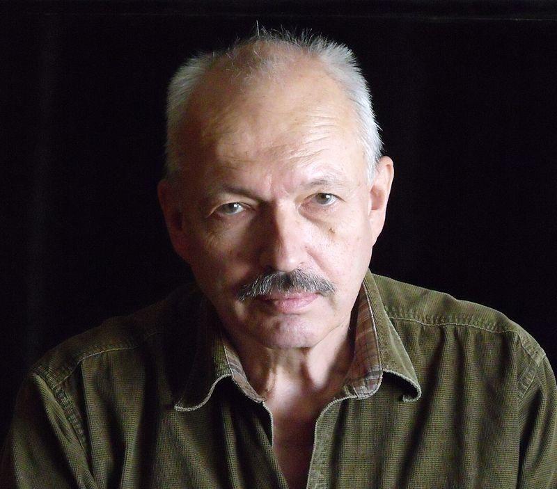 БАХТИЯРОВ Олег BAKHTIYAROV Oleg 800px-Oleg_Bakhtiyarov,_September_2012